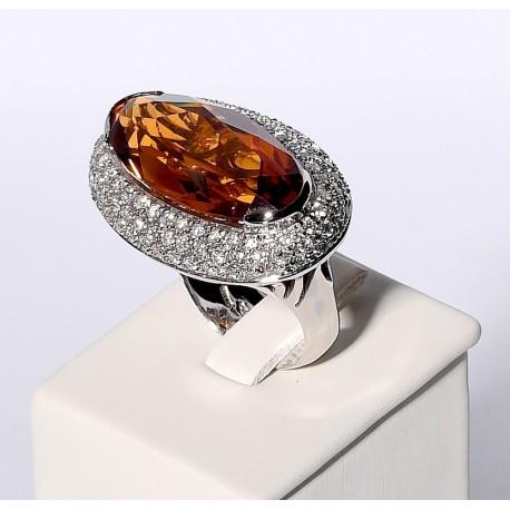 Anello con Diamanti e Topazio
